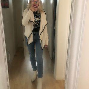 Abercrombie & Fitch Fuzzy Sweater
